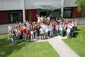 JBL GmbH & Co. KG 2