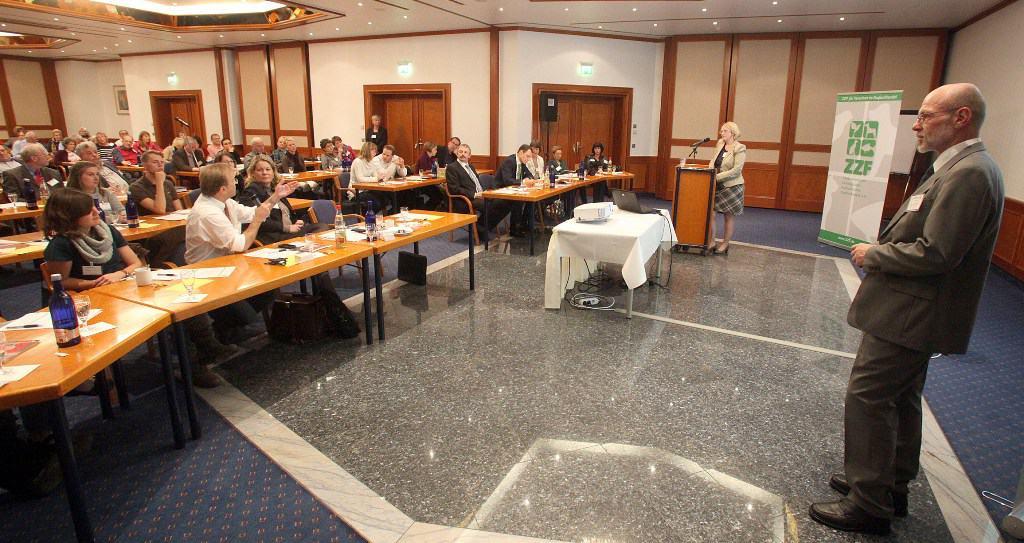 Symposium_2012_quer