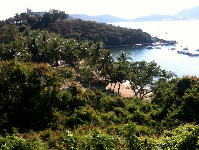 die Aussicht auf unsere Bucht